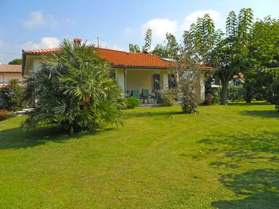 Photo for Vacation home Marinella  in Marina Pietrasanta, Versilia, Lunigiana and sourroundings - 6 persons, 3 bedrooms