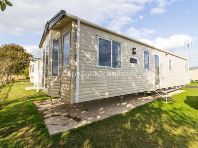 Photo for 6 berth Static caravan for hire at Seawick holiday park by the beach ref 27011HV