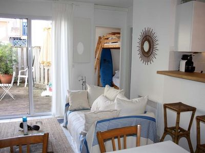 Photo for Apartment 2 steps from the Basin, Cap Ferret center: ideal for 4! Garden terrace