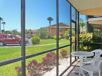 Photo for Peaceful condo w/ two heated pools, walk to Resident's beach & restaurants