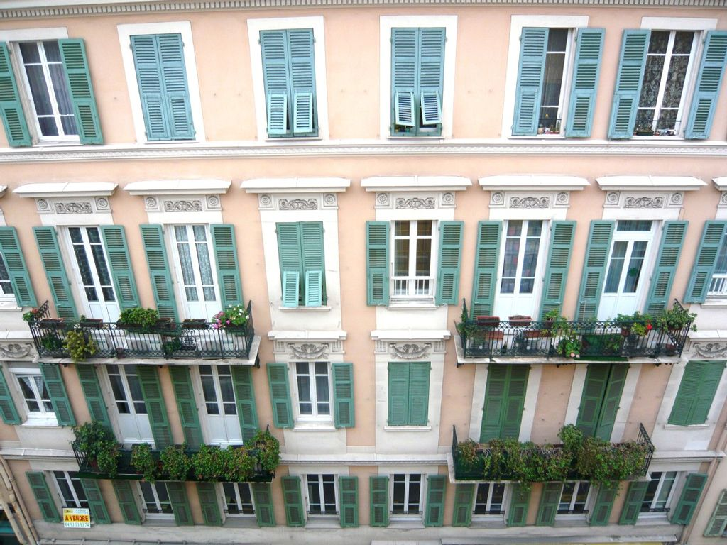 BRAND NEW - Luxury Apartment in the Heart of Nice (Sleeps ...