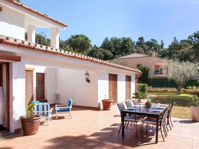 Photo for Wonderful private villa for 6 people with WIFI, private pool, TV and parking