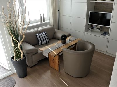 "Photo for FeWo ""Sea Lounge"" Ideal city location, luxurious apartment Bremerhaven-Mitte WiFi"