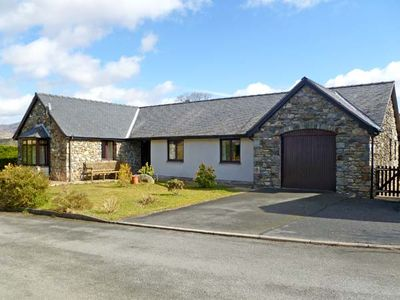 Photo for Y GILFACH, pet friendly, with a garden in Llan Ffestiniog, Ref 13587