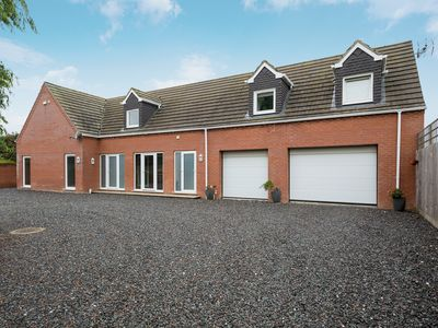 Photo for 5 bedroom accommodation in Skegness