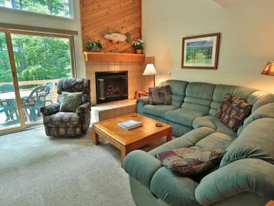 Close to Skiing, Golf, Beaches, Hiking, Birding. Trout Creek Condo #139 - 2 Bdrm Loft, 2 Baths