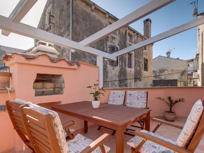 Photo for Calimero apartment in Mali Losinj with WiFi, air conditioning, private parking & private terrace.