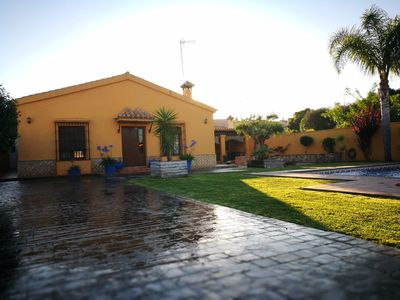 Photo for Villa of 1000 m2 with private pool.
