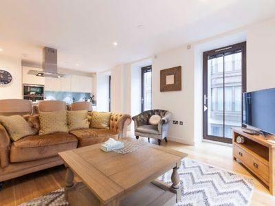 Photo for Luxury Apartment Next to Hyde Park & Oxford Street
