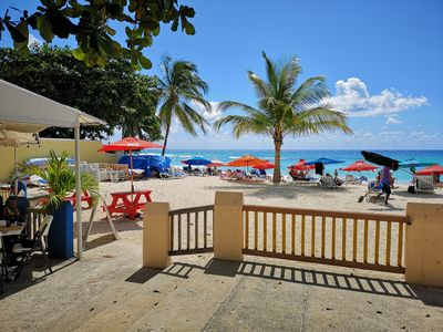 Dover Beach 2 minutes walk away.  Restaurant on the beach and beyond