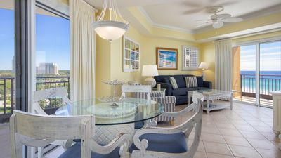 Open Concept Dining Area with Gulf View