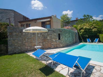 Photo for Private Villa with WIFI, private pool, TV, washing machine, parking, close to Greve In Chianti