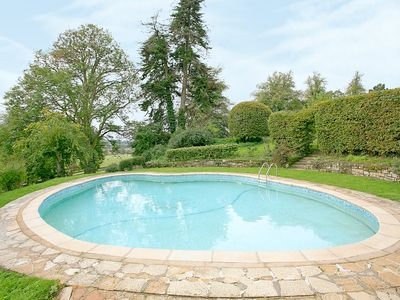 Photo for 6 bedroom accommodation in Etchingham