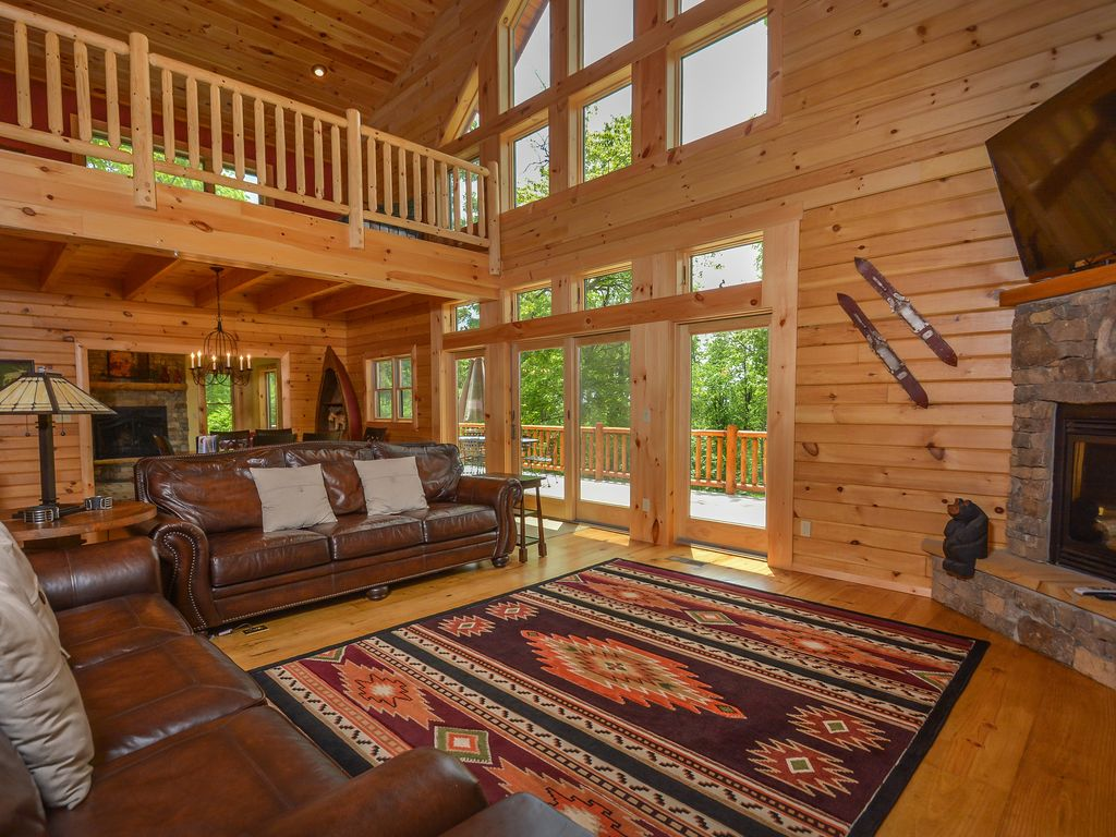 Exceptional 5 bedroom log home with luxury accomodations for 5 bedroom log homes