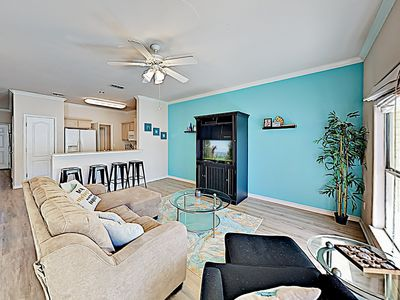 Photo for TurnKey - 3BR w/ Pool – Walk to Beach, Short Drive to Schlitterbaun Waterpark