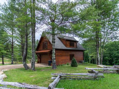 Photo for Deerview Cottage at Eagles Nest - Secluded & quiet, walk to trails, resort amenities!