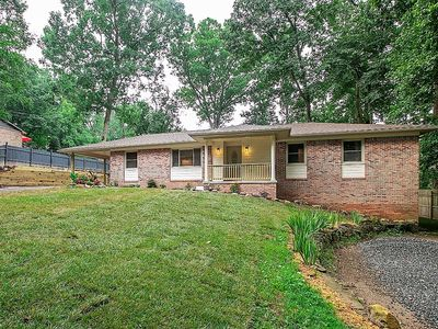 Photo for SPECIAL RATES NEW LISTING - Large home, quiet neighborhood CLOSE TO TOWN