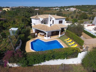 Photo for Beautiful villa with pool and garden - Casa Adriana