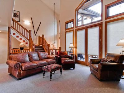 Photo for Luxurious Condo w/Garage, Valley Views and More!