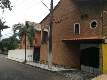 São Sebastião Townhouse with pool, gourmet and games area, gar 4 cars, 5 bedrooms