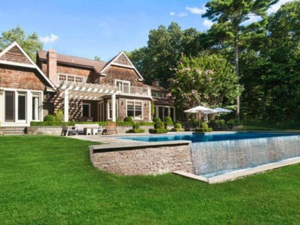 East hampton 5 star getaway tennis pool homeaway for East hampton vacation rentals