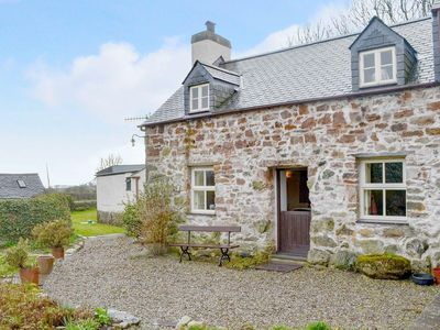 Photo for 1 bedroom accommodation in Brynsiencyn, Anglesey