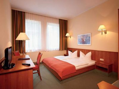 Photo for Single room, shower or bath, WC - Parkhotel Neustadt