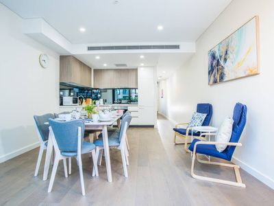 Photo for Lovely & Luxurious3beds3bath Townhouse in Zetland