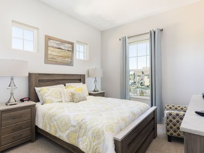 Photo for Summerville Resort - 5 Bed / 6 Bath Townhome (SMV1O9)