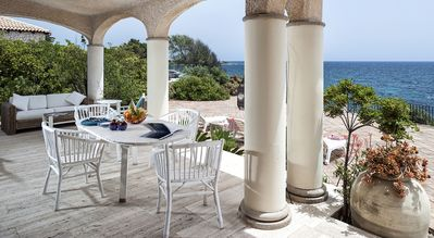 Photo for LuxeVilla with direct access to the sea and spectacular views in Fontane Bianche