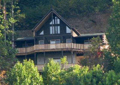 Photo for 3BR Cabin Vacation Rental in Maggie Valley, North Carolina