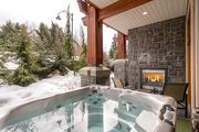 #7 Fitzsimmons Walk Luxury Townhome, 4 Beds, 3 Baths Private Hot Tub & Views!