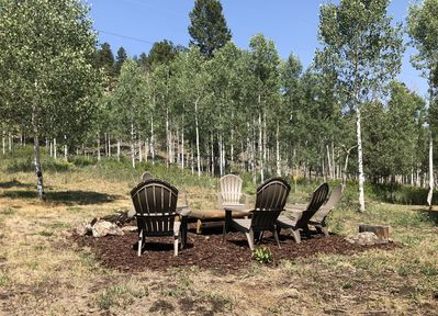 Outdoor seating area backing to National Forest