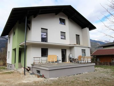 Photo for Very spacious and luxurious apartment with garden close to the town centre and piste