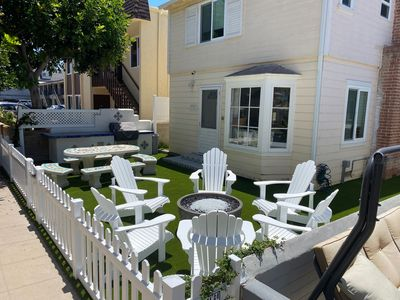4 Bedroom House in the Heart of Mission Beach! Steps to Beach and Bay!
