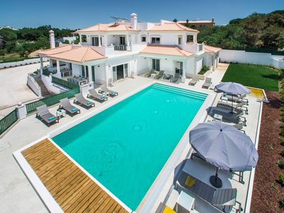 Photo for Luxury 15  Bedroom Quinta Por Do Sol ideal for large groups or family holidays