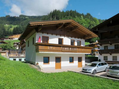 Photo for Apartment Ratschnhäusl  in Hippach, Zillertal - 5 persons, 2 bedrooms