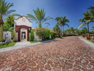 Photo for Caleta Palmilla wide-open ocean views, the most comfortable villa in Palmilla