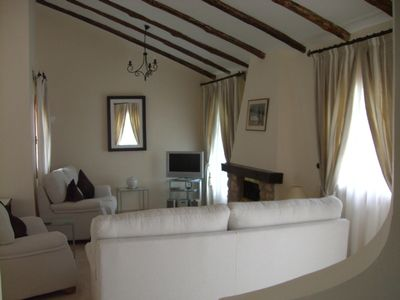 Photo for Modern A/C Villa, Free Wifi, Within Walking Distance of Club Facilities