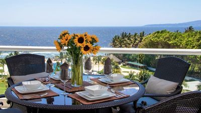 """Our 6th floor 'Oceanfront"""" 3 Bed-condo @ Villa Magna - has a STUNNING view!"""