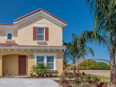 Photo for Beautiful 5 Bed Gated Town Hm w/ Splash Pool At Solterra Resort From $195/nt!