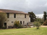 Beautiful barn conversion with upstairs lounge to enjoy the views.