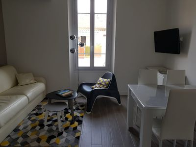 Photo for Beautiful 3 rooms renovated nine pedestrian area