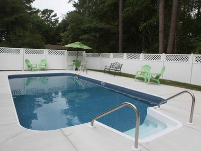 Photo for Private Pool, close to beach, kayaks included, crabbing at dock at end of street