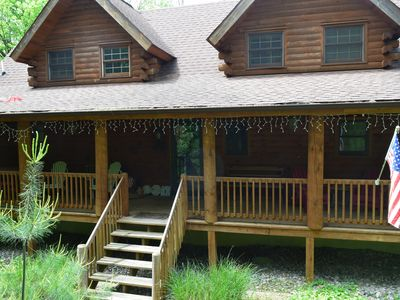 Photo for 4 Bedrooms/3.5 Baths LOG CABIN Sleeps 14 w/LINENS Incl