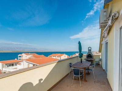 Photo for Apartment in a quiet area   just 70 m from beach   for 4-6 persons   with a sea view