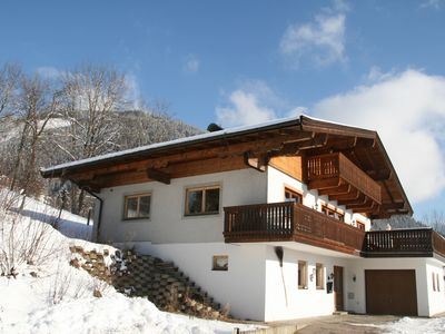Photo for Deluxe sunny 16p chalet with spectacular Kitzsteinhorn view