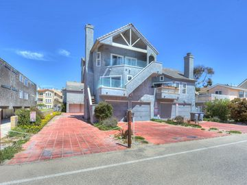 Ocean And Beach View Townhouse On Mandalay In Oxnard Ca