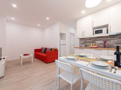 Photo for Modern and central two-bedroom apartment few meters from the beach