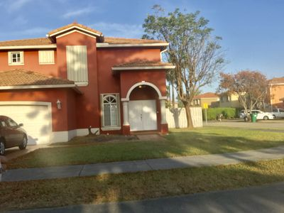 Photo for Beautiful West Kendall 4 bedroom 2.5 bath house with pool and Tiki hut